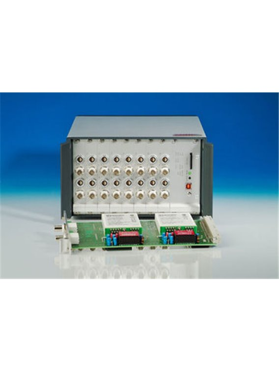 USB universal data logger with 5 B signal conditioning